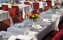 bateaux_newyork_dining_room_hires